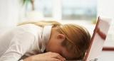 Лікарі пояснили, чому багато людей відчувають постійну втому і як з цим боротися